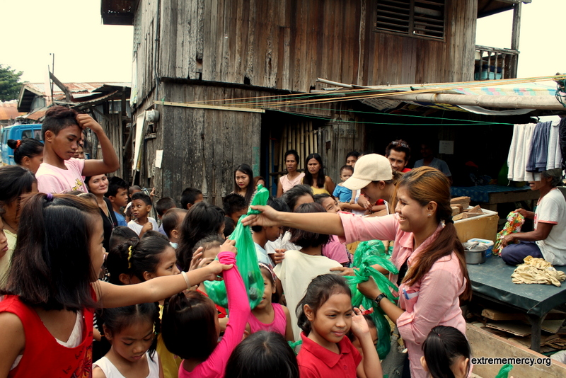 Giving to the Poor in Agdao